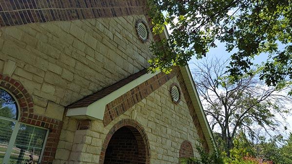 wood shingle roof